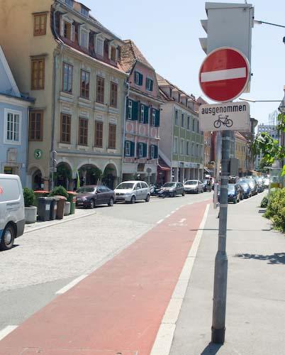 Graz, ciclabile in senso vietato